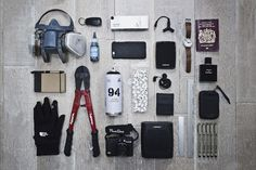 Essentials: Towns: The London graffiti artist shows us his trusted tools of the trade. Graffiti Doodles, Graffiti Alphabet, Graffiti Supplies, Graffiti Painting, Graffiti Artists, Graffiti Pens, New York Graffiti, Graffiti Lettering Fonts, Graffiti Pictures