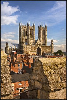 Lincolnshire Day The Cathedral Church of the Blessed Virgin Mary of Lincoln. Seat of the Bishop of Lincoln, Church of England.The Cathedral Church of the Blessed Virgin Mary of Lincoln. Seat of the Bishop of Lincoln, Church of England. Beautiful Architecture, Beautiful Buildings, Beautiful Places, Lincoln Cathedral, Cathedral Church, Places Around The World, Around The Worlds, Church Of England, Old Churches