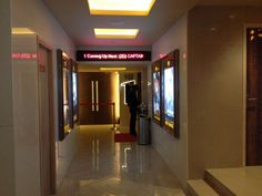 Pvr (Singapore Mall) in Lucknow | Movie Schedule, Show ...