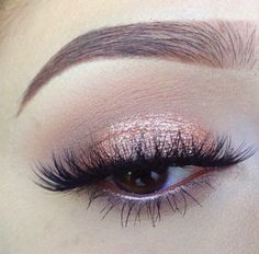 Pinterest: @ theapresgal ❄△ | Coppery, rose gold eyeshadow. I have been so excited to try out new shadow combos now I've got my Naked Smoky Palette.