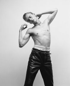 Dominik Sadoch by Giuseppe Triscari for Interview Germany Leather Men, Leather Pants, Sagging Pants, Sweet Guys, Male Physique, Face Claims, Hottest Models, Male Models, Boxer