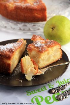 Gâteau Fondant Aux Poires - French Pear Cake I don't have pears, but I could get away with this using some kind of pear imitating apple I have on hand. French Desserts, Köstliche Desserts, Delicious Desserts, Yummy Food, French Food, Pear Recipes, Cake Recipes, Dessert Recipes, German Recipes