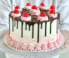 Cake Icing, Cupcake Cakes, Beautiful Cakes, Amazing Cakes, Chocolate Oreo Cake, Easy Cake Decorating, Dessert Decoration, Diy Cake, Occasion Cakes