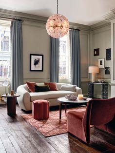 Victorian Living Room, Modern Victorian, 1960s Living Room, Large Furniture, Home Furniture, Amsterdam Houses, Georgian Homes, Georgian Townhouse, Frames