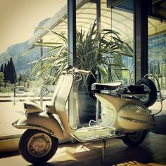 hotel luise - vespa in the hall