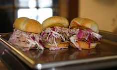 One of each of our fabulous sliders: smoked chicken, pork, & brisket! Smoked Chicken, Barbecue Chicken, Barbecue Sauce, Pulled Pork Grill Recipe, Pulled Pork Recipes, Pork Brisket, Pork Ribs, Healthy Grilling Recipes, Barbecue Recipes