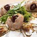 Receta de Solomillitos de pollo con chips de alcachofa - Karlos Arguiñano