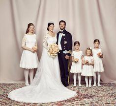 KIng Carl Gustaf, Queen SIlvia, Crown Princess Victoria, Prince Daniel, Princess Madeleine, Chris O'Neil and Princess Leonore
