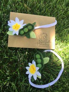 Peas in a pod and daisy headband: Newborn/baby