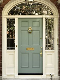 10 Best Front Door Colours for your House. I LOVE orange front doors. Best Front Door Colors, Orange Front Doors, Best Front Doors, Exterior Paint, Exterior Design, Interior And Exterior, Exterior Doors, Exterior Door Colors, Entry Doors