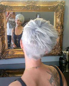Speciaal voor alle dames die dol zijn op grijze korte kapsels: 10 toppertjes!!! - Kapsels voor haar