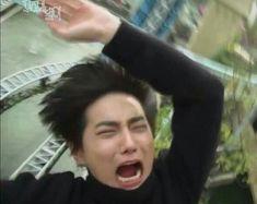 best ideas for memes kpop caras exo Memes Exo, Funny Kpop Memes, Kpop Exo, Chanyeol, Kyungsoo, K Pop, Got7, Reaction Face, Memes Funny Faces