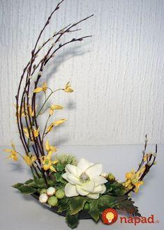 Amazing Spring Flower Arrangements Ideas To Beautify Your Home Ikebana Arrangements, Easter Flower Arrangements, Ikebana Flower Arrangement, Easter Flowers, Beautiful Flower Arrangements, Spring Flowers, Floral Arrangements, Beautiful Flowers, Gift Flowers