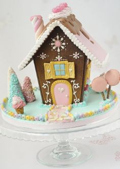 It's time for some Christams Baking - here are some creative Gingerbread House ideas. Be inspired by everything from gingerbread cookies to villages. Gingerbread House Parties, Christmas Gingerbread House, Christmas Sweets, Noel Christmas, Christmas Goodies, Christmas Baking, Gingerbread Cookies, Christmas Decorations, Cool Gingerbread Houses