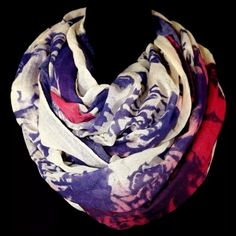 """B120 Linen Texture Heart Blue Red Infinity Scarf ‼️PRICE FIRM‼️    Big Heart Infinity Scarf  Retail $66  ABSOLUTELY SPECTACULAR!!!  Linen texture. 100% viscose. 34"""" wide, 34"""" long. Please check my closet for many more items including designer clothing, jewelry, handbags, shoes & more! Boutique Accessories Scarves & Wraps"""