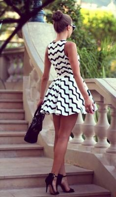 women fashion outfits ideas how to wear business clothes ways to wear cute outfits what shoes to wear with skirt or dress amazing womens fashion ideas Fashion Mode, Look Fashion, Fashion Beauty, Dress Fashion, Fasion, Fashion Clothes, Fashion Black, Fashion Outfits, Woman Outfits