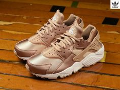 finest selection 75207 06ac1 Nike Wmns Air Huarache Special Edition Metallic Red Bronze Rose Gold Nike  Shoes, Adidas Shoes