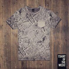 Un carattere decisamente #rock per la #TshirtOfTheWeek di oggi! #allover #FW2015 Acquistala subito >> http://www.scorpionbay.com/it/store/uomo/t_shirt-e-polo/t_shirt-105611