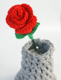 Ravelry: Forever Love Roses pattern by Natasha, Ooh, look at me!