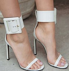 63.00$  Watch here - http://ali6ae.shopchina.info/go.php?t=32437908481 - new fashion patent leather ankle big buckle strap high heel sandal shoes concise open toe high heel gladiator sandals   #magazineonline