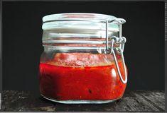 Grundrezept für gute und einfache Tomatensoße
