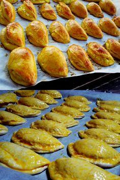 Εξαιρετικό αποτέλεσμα – Μαλακά Τυροπιτάκια με ζύμη τύπου κουρού Hot Dog Buns, Hot Dogs, Greek Recipes, Pretzel Bites, Pizza, Bread, Snacks, Desserts, Food
