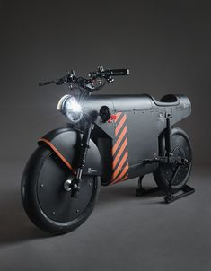 katalis debuts EV.1000 the arsenale special edition electric motorcycle Futuristic Motorcycle, Motorcycle Style, Concept Motorcycles, Custom Motorcycles, Course Moto, Art Et Illustration, Fighter Aircraft, Automotive Industry, Electric Cars