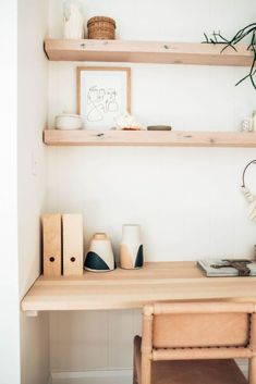 Minimalist Home Office Ideas ⚡ Become part of the Badass Babe Gang: Geometric. Minimalist Home Office Ideas ⚡ Become part of the Badass Babe Gang: Geometric Skies Office Nook, Home Office Space, Office Workspace, Home Office Design, Home Office Decor, Office Ideas, Small Bedroom Office, Desk Nook, Small Workspace