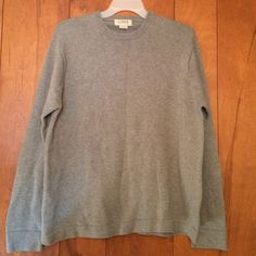 Mens Sweater. In mint condition Smoke free pet free home. Open to offers. J. Crew Sweaters