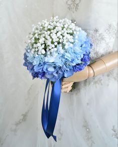 アジサイとかすみ草のクラッチブーケ。すべて造花です。 Silk Flower Bouquets, Silk Flowers, Hanukkah, Wreaths, Decor, Decoration, Door Wreaths, Deco Mesh Wreaths, Decorating
