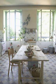 Les Petites Emplettes, France via Kickcan & Conkers