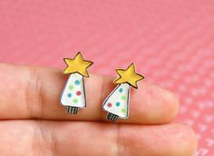 Christmas tree with star earring studs  by lacravatteduchien, €9.00
