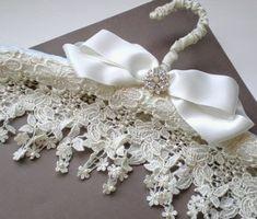Lace Hanger