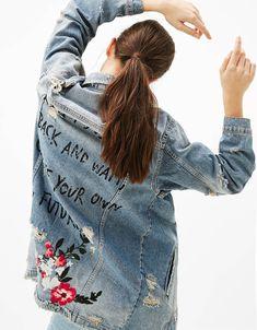 8e16d55f88 My Way Denim Jacket with Floral Embroidery. BlusasPrimaveraModa Para Mujer RopaMujeresChaqueta Vaquera ...