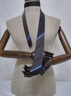 Black Skinny Necktie, Black Men's Tie, Black Cravat, Black Tie - SL080 #handmadeatamazon #nazodesign