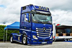 Trucking Mb Truck, Mercedes Benz Trucks, Big Trucks, Helmets, Buses, Cars And Motorcycles, Techno, Tractors, Chevy