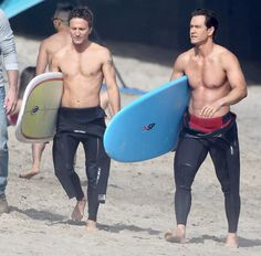 Mark-Paul Gosselaar & Breckin Meyer grabbed surfboards while filming Franklin and Bash