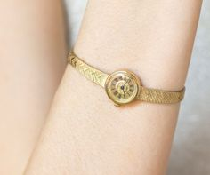 Delicate women's watch bracelet Seagull  gold plated by 4Rooms