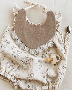 The most cute seeking new bundle of joy bones outfit, find all of the necessities like p j's, human body lawsuits, bibs, plus much more. Baby Girl Fashion, Toddler Fashion, Kids Fashion, Vintage Baby Clothes, Cute Baby Clothes, Billy Bibs, Kids Clothing Rack, Creation Couture, Toddler Girl Outfits