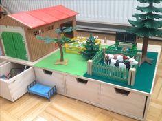 Playmobil-Spieltisch mit Sortierfächern