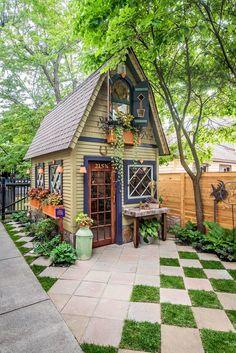 A Magical Garden in Buffalo - This Old House Small Cottage Garden Ideas, Garden Cottage, Home And Garden, Backyard Cottage, Garden Hideaway Ideas, Small Cottage Designs, Garden Huts, Garden Shed Diy, Quick Garden