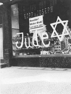 Holocaust History - Rise of the Nazis and Beginning of Persecution - Yad Vashem