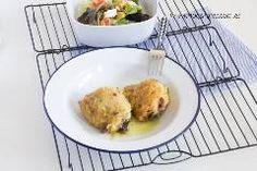 Que en mi casa la carne que más comemos es el pollo, creo que ya no es un secreto y que si lo cocino como este pollo al horno en salsa, en el horno, creo que tampoco lo es. Porque, sí me encantan los …