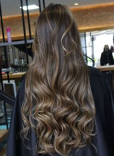 Balayage brunette, balayage hair, brunette hair, brown hair with highlights, Brown Ombre Hair, Brown Hair Balayage, Brown Blonde Hair, Ombre Hair Color, Brunette Hair, Brunette Makeup, Light Brunette, Balayage Brunette, Blonde Highlights