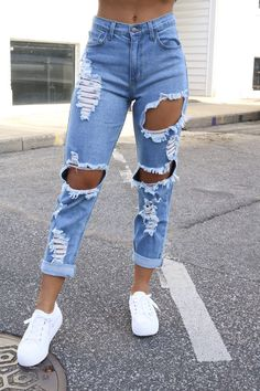 Valerie Vintage Denim Jeans - Restock Grow And Glo Boutique Ripped Mom Jeans, Cute Jeans, Jeans Denim, Cute Ripped Jeans Outfit, Distressed Jeans Outfit, Womens Ripped Jeans, High Waisted Mom Jeans, High Waist Ripped Jeans, Extreme Ripped Jeans