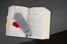 Ravelry: Squashed Rat Knitted Bookmark by Amalia Samios