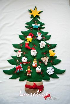 1 million+ Stunning Free Images to Use Anywhere Felt Christmas Decorations, Felt Christmas Ornaments, Christmas Crafts For Kids, Simple Christmas, Felt Crafts, Holiday Crafts, Christmas Time, Diy And Crafts, Creations