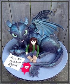 Toothless & Hiccup Cake from How to Train your Dragon I loved making this one! I also adore the movie! Made for my repeat customer. Dragon Birthday Parties, Dragon Party, Birthday Cake, Beautiful Cakes, Amazing Cakes, Bolo Artificial, Toothless Cake, Cake Structure, Dragon Cakes