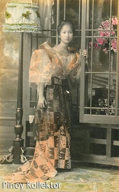 """There is a saying that """" Beauty is in the eye of the beholder """" which means that beauty is relative. One person's definition of beauty. Philippines Dress, Philippines Fashion, Philippines Culture, Traditional Fashion, Traditional Dresses, Filipiniana Dress, Filipino Fashion, Philippine Women, Dress Design Drawing"""