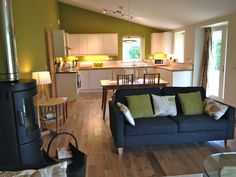 Open plan living in this luxury eco self catering retreat in the heart of the Scottish Borders Small Open Plan Kitchens, Open Plan Kitchen Dining Living, Open Plan Living, Living Room Kitchen, Living Room Styles, Living Spaces, Living Area, Kitchen Diner Extension, Der Plan
